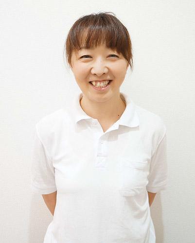 内山 華久子(うちやま )